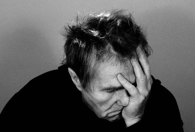soulager-les-migraines-les-maux-de-tete-avec-l'hypnose-cyril-ouvrard-pornic